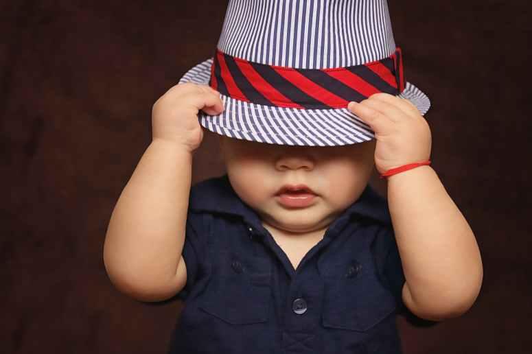 baby-boy-hat-covered-101537.jpeg